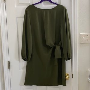 entro forest green shift dress